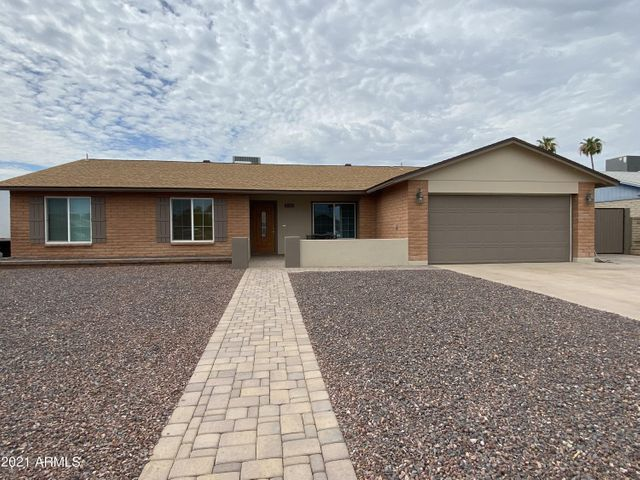4721 W Aster Dr Front